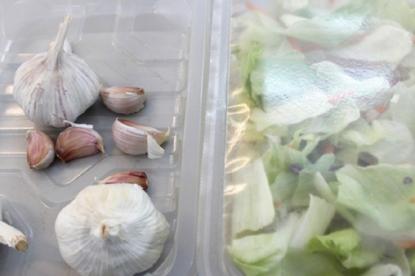 Aimplas crea envases biodegradables que alargan la vida de los alimentos gracias a moléculas de ajo